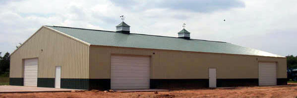 Agricultural style metal building in Lake Wylie, South Carolina